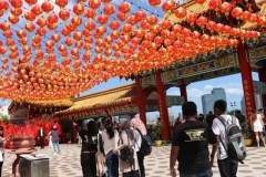 KL City Tour, visiting a Chinese temple