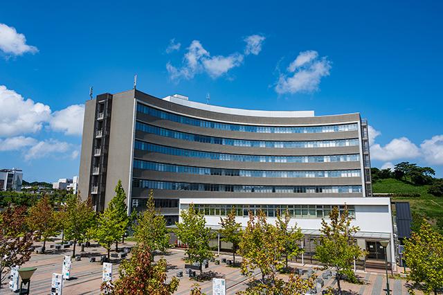伊都キャンパス センター5号館(センターゾーン)